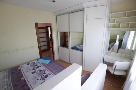 Сдается 3-комнатная квартира посуточнов Кобрине, Дзержинского 24.