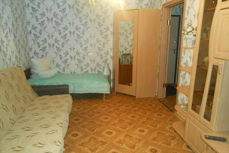 Сдается 1-комнатная квартира посуточнов Кирове, ул. Производственная, 5.