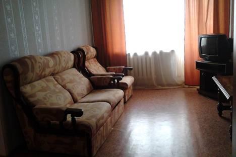 Сдается 2-комнатная квартира посуточно в Троицке, Гагарина 7.