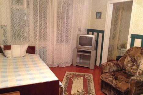 Сдается 2-комнатная квартира посуточно в Киришах, пр Ленина, 2.