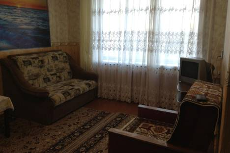 Сдается 1-комнатная квартира посуточно в Киришах, пр.Ленина, 2.