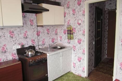 Сдается 1-комнатная квартира посуточно в Великом Устюге, ул. Щелкунова, 35.