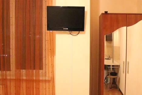 Сдается 1-комнатная квартира посуточнов Ильичёвске, Пантелеймоновская 112.