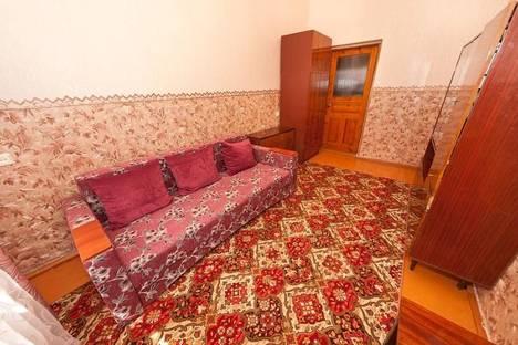 Сдается 2-комнатная квартира посуточно в Феодосии, переулок Беломорский, 8.