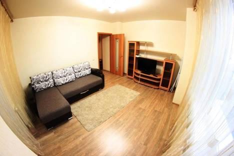Сдается 2-комнатная квартира посуточно в Новосибирске, Чехова 111.