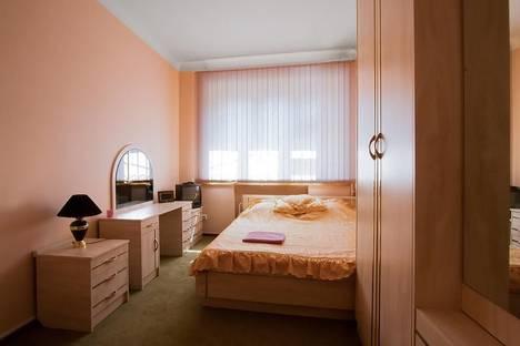 Сдается комната посуточнов Екатеринбурге, проспект Ленина, 36.