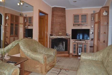 Сдается 2-комнатная квартира посуточно в Гурзуфе, Артековская,10.