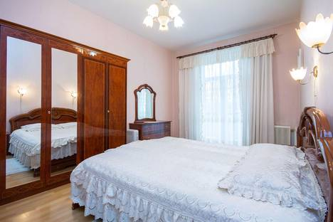 Сдается 2-комнатная квартира посуточно в Минске, ульяновская,32.