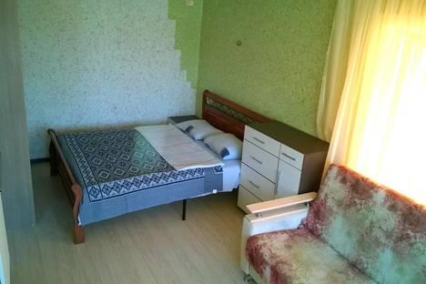 Сдается 1-комнатная квартира посуточно в Ангарске, ул. 40 лет Октября, 28.