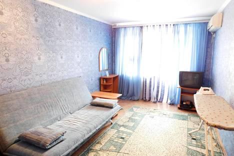 Сдается 2-комнатная квартира посуточно в Саках, Ленина, 18.