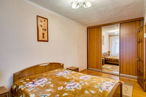 Сдается 2-комнатная квартира посуточнов Ростове-на-Дону, Большая садовая 63.