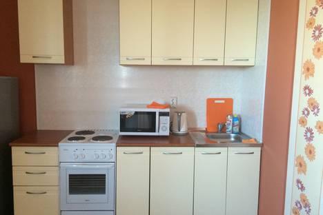 Сдается 2-комнатная квартира посуточно в Благовещенске, Ул. Горького 152.