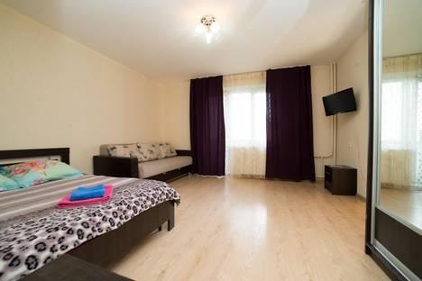 Сдается 1-комнатная квартира посуточнов Челябинске, ул. Академика Сахарова, 28.