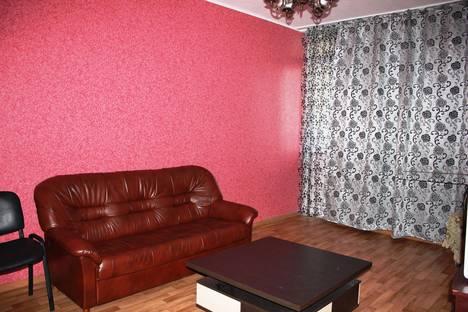 Сдается 3-комнатная квартира посуточнов Оренбурге, ул. Салмышская, 72.