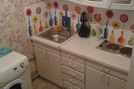 Сдается 2-комнатная квартира посуточно в Минусинске, Сургуладзе, 3.