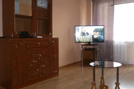 Сдается 1-комнатная квартира посуточно в Черногорске, проспект Космонавтов, 9.