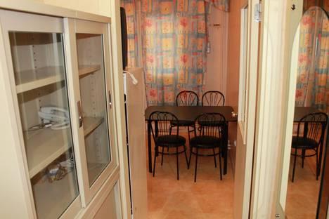 Сдается 1-комнатная квартира посуточно в Салехарде, ул. Чубынина, 25.