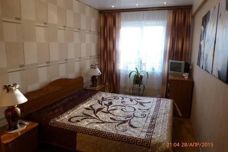 Сдается 2-комнатная квартира посуточно в Туле, Металлургов 84а.