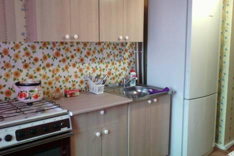 Сдается 1-комнатная квартира посуточнов Якутске, ул. Аммосова, 4/1.