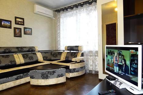 Сдается 1-комнатная квартира посуточно в Майкопе, ул. Чкалова, 65.