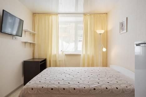 Сдается 1-комнатная квартира посуточно, Учебная 11.