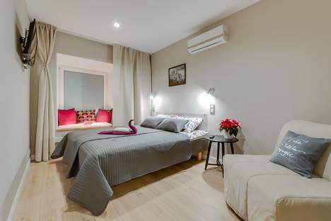 Сдается 1-комнатная квартира посуточнов Санкт-Петербурге, ул. Чайковского, 36.