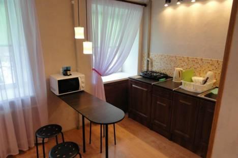 Сдается 1-комнатная квартира посуточно в Санкт-Петербурге, ул. Белы Куна, 4 к2.