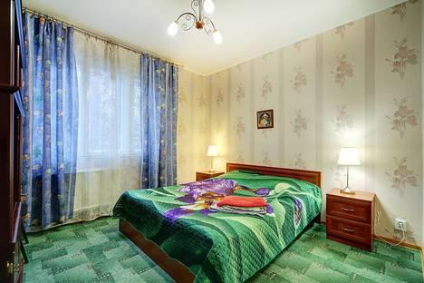 Сдается 2-комнатная квартира посуточнов Санкт-Петербурге, ул. Кораблестроителей, 39 к.1.