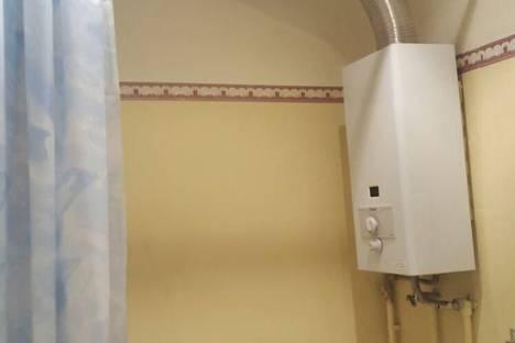 Сдается 2-комнатная квартира посуточно во Владикавказе, ул. Братьев Газдановых, 64.