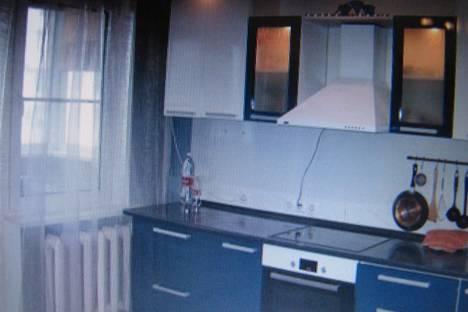 Сдается 1-комнатная квартира посуточно в Гатчине, проспект 25 Октября, 69 к 3.