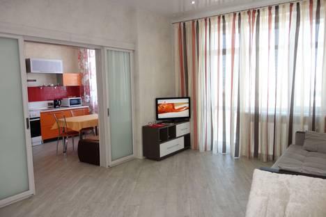 Сдается 1-комнатная квартира посуточно в Сургуте, Университетская ул., 9.