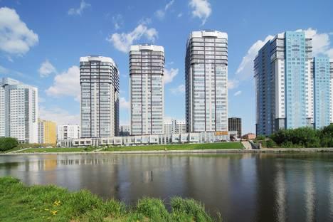 Сдается 1-комнатная квартира посуточнов Екатеринбурге, ул. Юмашева, 3.
