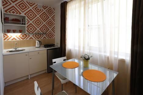 Сдается 1-комнатная квартира посуточнов Муроме, пер. Амосова, 1-3.