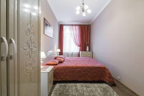 Сдается 2-комнатная квартира посуточно в Санкт-Петербурге, Невский проспект, 51.