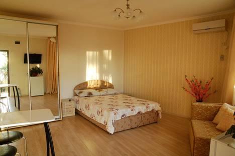 Сдается 1-комнатная квартира посуточно в Гурзуфе, Совхозная, 6.
