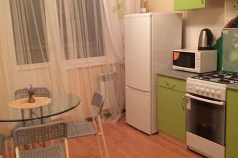 Сдается 1-комнатная квартира посуточнов Ульяновске, Новый город бульвар Ильюшина 12.