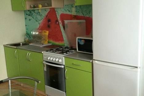 Сдается 2-комнатная квартира посуточно в Ульяновске, Новый город бульвар Ильюшина 12.
