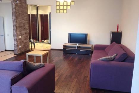 Сдается 1-комнатная квартира посуточно в Иркутске, Сибирская 21а/4.