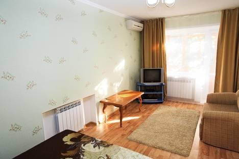 Сдается 1-комнатная квартира посуточно в Костанае, Тарана,27.