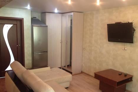 Сдается 2-комнатная квартира посуточнов Балакове, ул. Трнавская, 35.