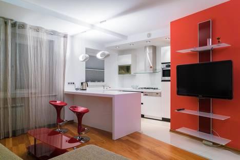 Сдается 1-комнатная квартира посуточно в Уфе, ул. Революционная, 60.