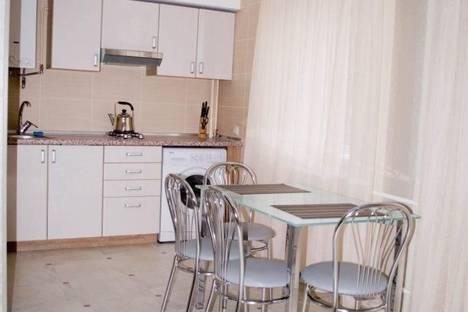 Сдается 2-комнатная квартира посуточно в Симферополе, Спера 8.
