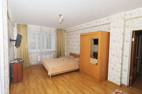 Сдается 2-комнатная квартира посуточнов Кстове, Мичурина, 1.