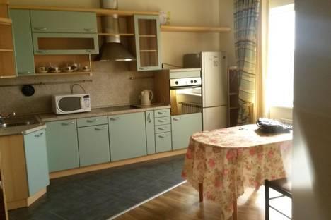 Сдается 2-комнатная квартира посуточно в Нур-Султане (Астане), проспект Кабанбай батыра, 34/1.