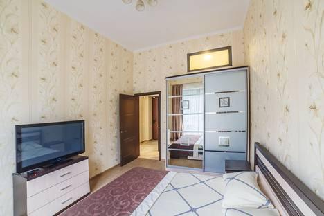 Сдается 2-комнатная квартира посуточно в Ялте, Парковый проезд, 5В.