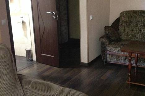 Сдается 2-комнатная квартира посуточнов Чехове, Ильича 30.