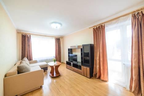 Сдается 2-комнатная квартира посуточно во Владивостоке, Океанский проспект, 85.