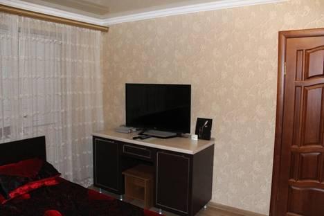 Сдается 1-комнатная квартира посуточнов Нальчике, Ленина 45 кВ 55.