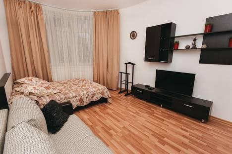 Сдается 2-комнатная квартира посуточно в Екатеринбурге, ул. Союзная, 27.