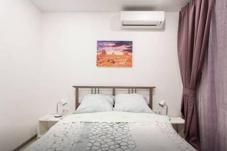 Сдается 2-комнатная квартира посуточнов Пушкино, проспект Мира, 184к2.